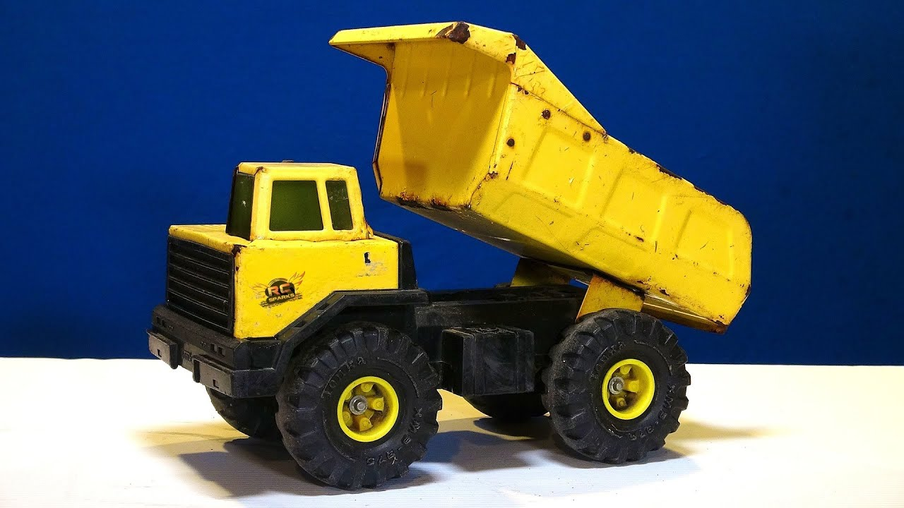 rc remote control trucks with Watch on MAN TGS Kit 4 Axle Halfpipe Tipper also plete Kit Track Loader 963b also Watch further Adventurers P 17856 furthermore Kids Caterpillar Toys.