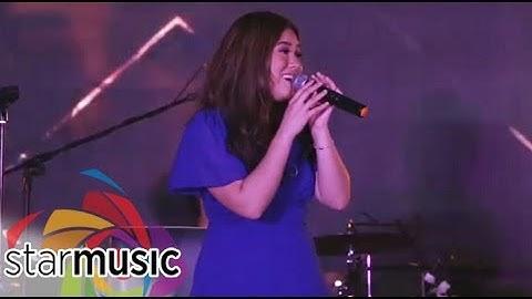 "Moira Dela Torre sings ""Tagpuan"" | Malaya Grand Album Launch"