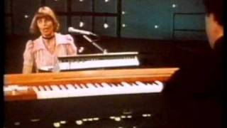 Captain & Tennille - Love Will Keep Us Together (1975)