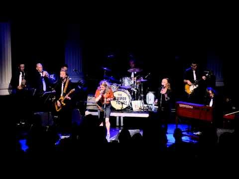 Stone Me - Laura Vane & The Vipertones