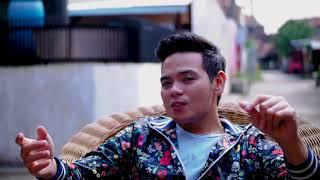SAM - Mawla Ya Salli Wa Sallim (Official Music Video)