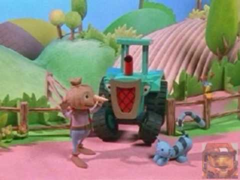 Most Random Video Ever Bob The Builder Theme Song Youtube
