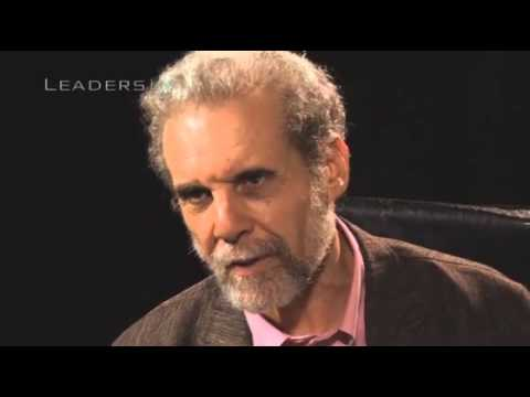 Daniel Goleman on how to give feedback the right way