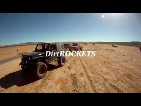 VIDEO : Dirt ROCKETS - 35 Jeep JK Wranglers Flying Across the Mojave Desert