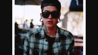T. Mills - Beat It Up Feat. Juicy J (DOWNLOAD)