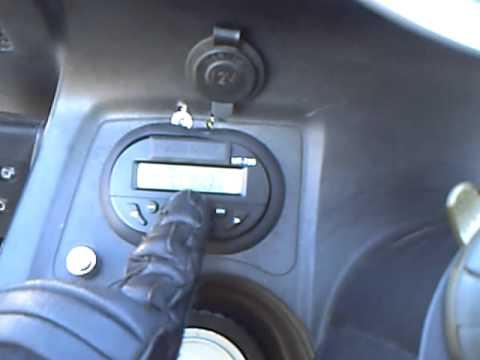 Mein Radio mit MP3 an meinem Roller KYMCO Grand Dink 250