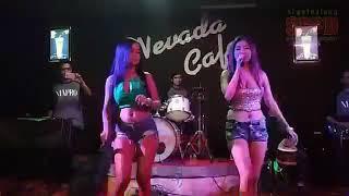 Video HOT !! AKSI GOYANGAN SUSU KENTAL VIO KITTY FT VIVI BERTO JARAN GOYANG PARAH SEXSINYA download MP3, 3GP, MP4, WEBM, AVI, FLV September 2018