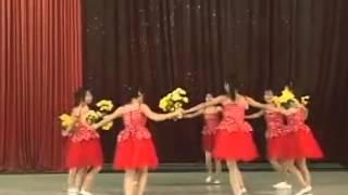Nhac Viet Nam | Múa bông hồng tặng mẹ và cô YouTube | Mua bong hong tang me va co YouTube
