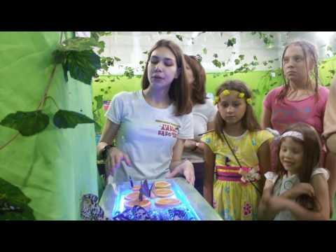 детские песни мама 8 марта - Прослушать музыку бесплатно