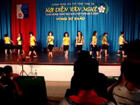 Nhay Hien Dai   12CD1 THPT Vung Tau   2011 Vong So Khao