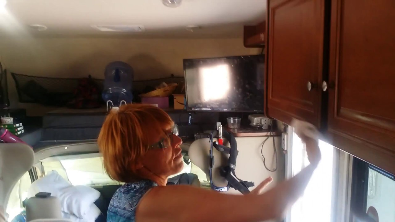 RV cleaning with Wendy - YouTube