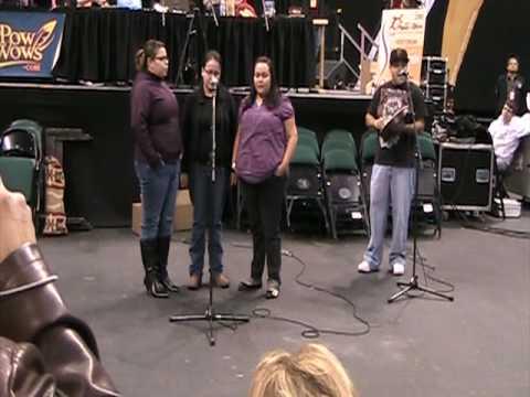 Cree Confederation - Back Up Singing Contest @ Manito Ahbee 2009