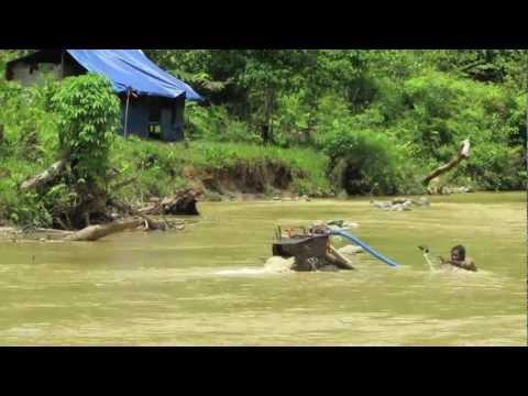 Nabire, Jayapura Papua Irian Jaya Illegal Gold Mining Nr The Grassberg Mine