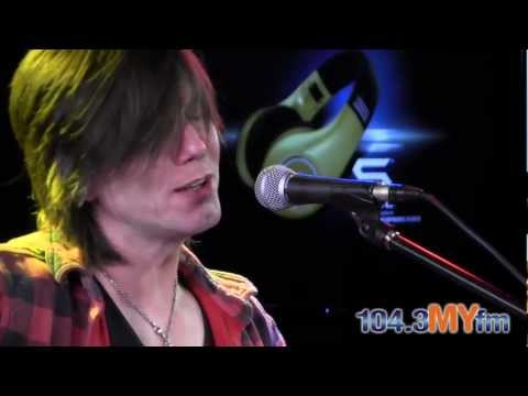 The Goo Goo Dolls Black Balloon  Acoustic