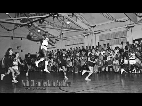 17 year old Wilt Chamberlain CATCHES a shot and runs the fast break