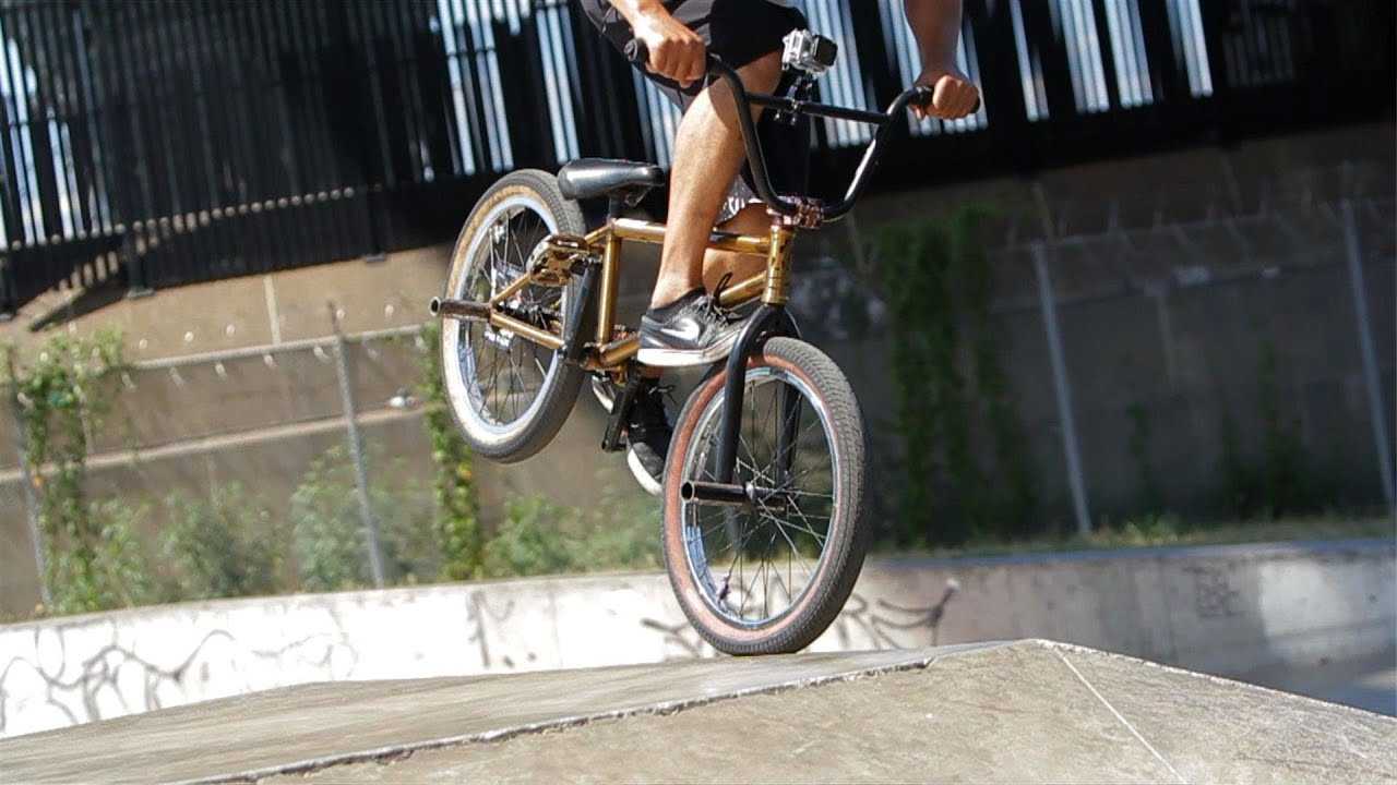 How to Do Tricks on a BMX Bike for Beginners