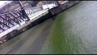 Tampinha na Ponte D.Luís