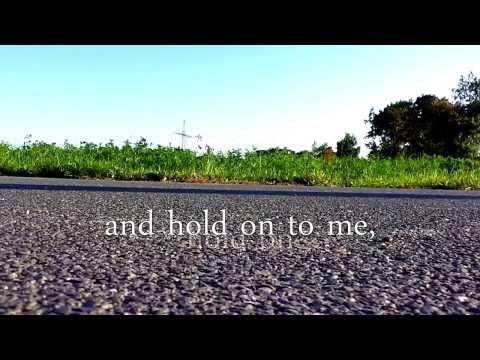 Placebo - Hold On To Me // Lyrics