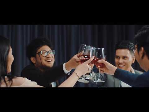 Kunto Aji - Akhir Bulan (Official Music Video)