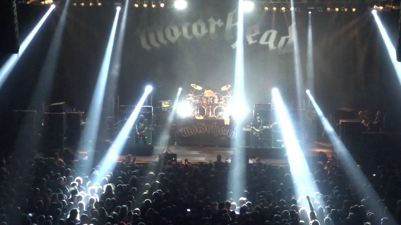 Rock'n'Roll Is Dead: One Last Toast to Lemmy Kilmister - VICE