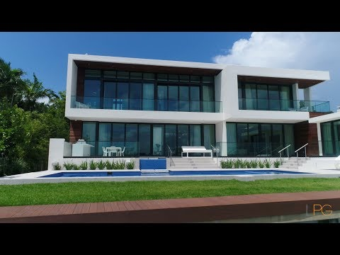 West Rivo Alto Modern Residence Miami Beach -- Lifestyle Production Group