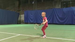 большой теннис в Магнитогорске  4-5лет. Т:89068711571