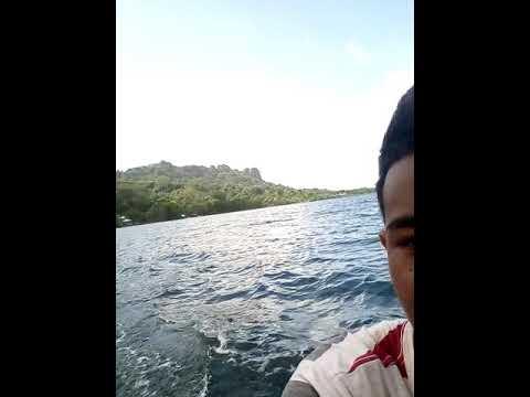 Pohnpei kids sailing school