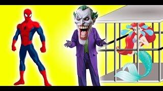 Frozen Elsa, Spiderman & Superman SAVE Ariel Little Mermaid from Joker PRANK! Funny Superhero