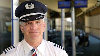 Southwest Airlines Captain Honors World War II Veteran in Flight Deck