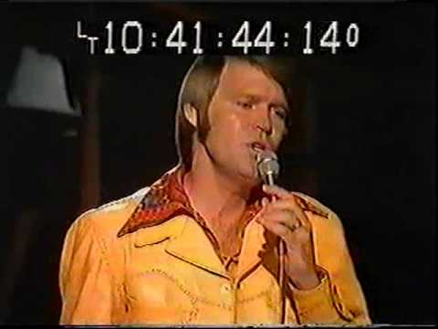 Glen Campbell 1st Time on TV with Bagpipes Amazing Grace 1973