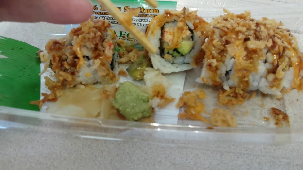 Crunchy Sushi Roll From Publix Youtube