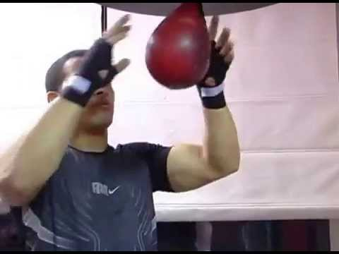 Boxing Lesson 10 - Learning How To Use a Speed Bag ...