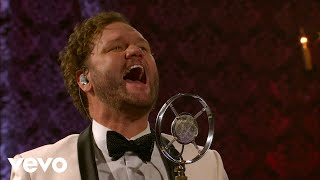 David Phelps - Catching Santa (Live)