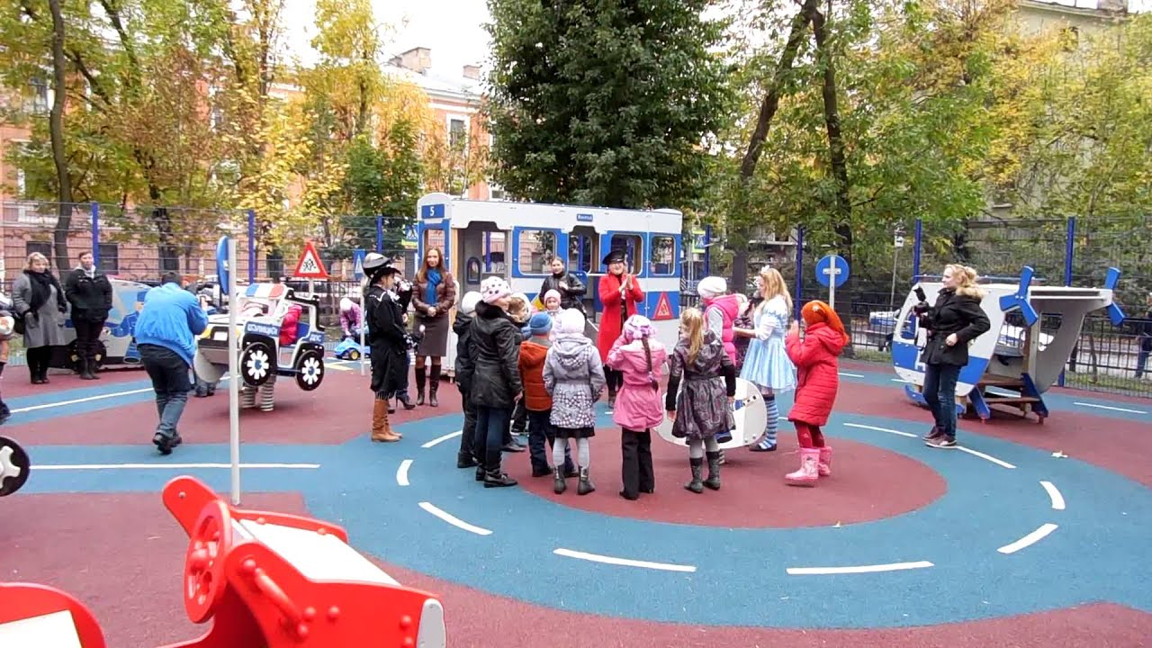Надёжные и безопасные детские площадки и игровые комплексы от производителя «наш двор-стройпрофит». Лучшее оборудование для детских площадок по выгодным ценам.