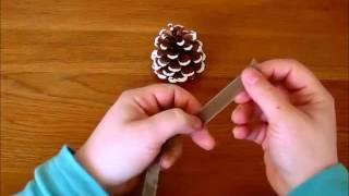 Pine Cone Christmas Ornament (Karácsonyi toboz díszítés)