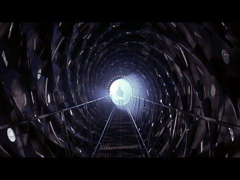 Official Trailer: Event Horizon (1997)