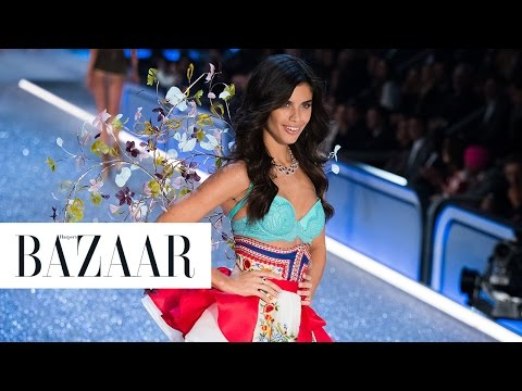 Every Look from the 2016 Victoria's Secret Fashion Show
