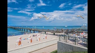 Ostseebad Kühlungsborn, strahlend blaues Meer und Deutschlands längste Strandpromenade