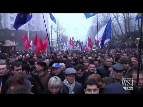 Ukranians Protest Scuttling of E.U. Trade Deal