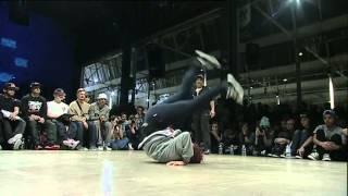 Roxy vs Queen Mary (HIP OPsession 2013 1vs1 Bgirl Battle)
