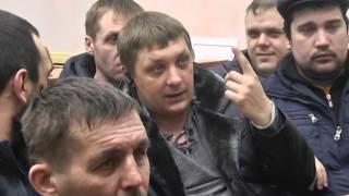 Зауральские таксисты возмущены снижением тарифов(http://www.kurgan.ru/news_obschestvo/zauralskie_taksisty_vozmuscheny_snizheniem_tarifov.html., 2015-02-13T12:23:42.000Z)