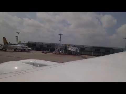 United Airlines Boeing 787-9 Engine Start