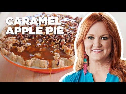 The Pioneer Woman Makes Caramel Apple Pie | Food Network