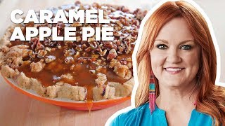 The Pioneer Woman Makes Caramel Apple Pie | Food Network