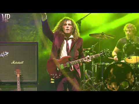 AC/DI, AC/DC Tribute - Dirty Deeds Done Dirt Cheap
