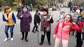 Танцы На Приморском Бульваре - Севастополь - 17.02.19 - Певец Сергей Соков