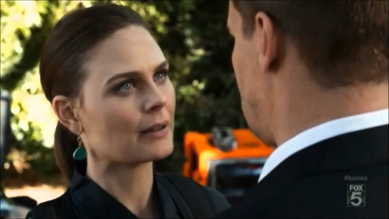 Bones and booth first hook up