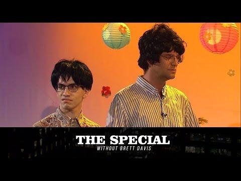 Brian Wilson (John Reynolds) terrorizes The Beach Boys on The Special Without Brett Davis