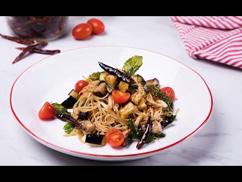 พาสต้าผัดกะเพรามังสวิรัติ Vegetarian Stir-Fried Pasta with Holy Basil - วันที่ 10 Jun 2019