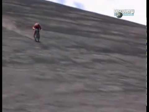 Неудачный спуск с горы на велосипеде
